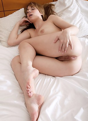 Nude Big Ass Sleeping Porn Pictures