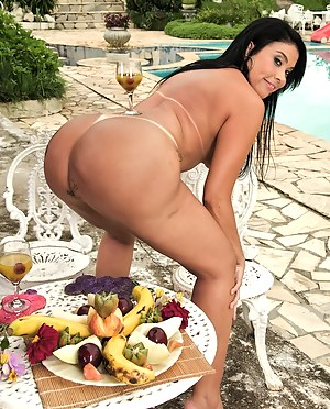 Nude Big Ass Food Porn Pictures