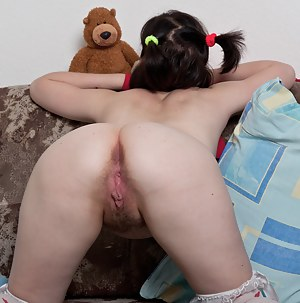 Nude Big Ass Pigtails Porn Pictures