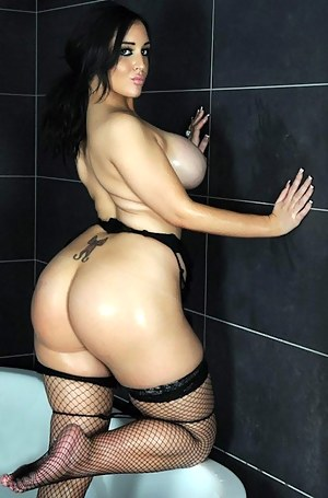 Nude Big Ass Busty Porn Pictures
