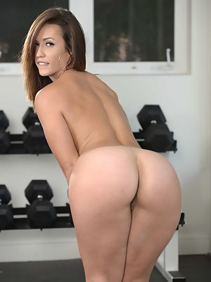Nude Big Ass Gym Porn Pictures