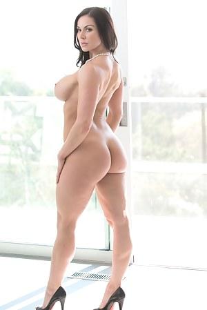 Nude Big Ass Pornstar Porn Pictures
