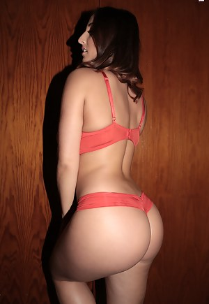 Nude Arab Big Ass Porn Pictures