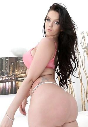 Nude Big Ass Bra Porn Pictures