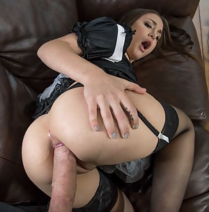 Nude Big Ass Maid Porn Pictures