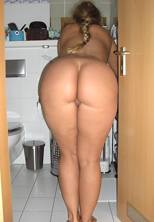 Nude Big Ass Toilet Porn Pictures