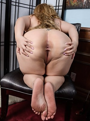 Nude Big Ass Fat Pussy Porn Pictures
