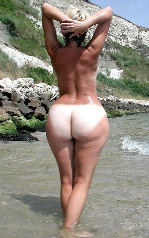 Nude Tanned Big Ass Porn Pictures